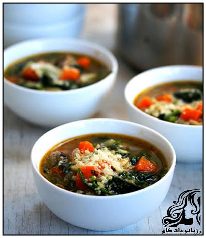 سوپ اسفناج و پاستا برای همه اعضای خانواده