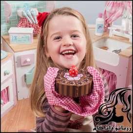 شکلات و مضرات آن برای کودکان