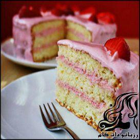 طرز تهیه کیک توت فرنگی خامه ای