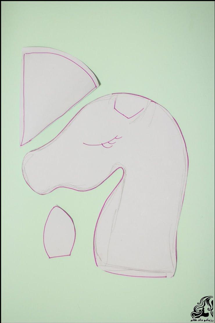 http://up.rozbano.com/view/2735898/unicorn%20hobbyhorse-05.jpg