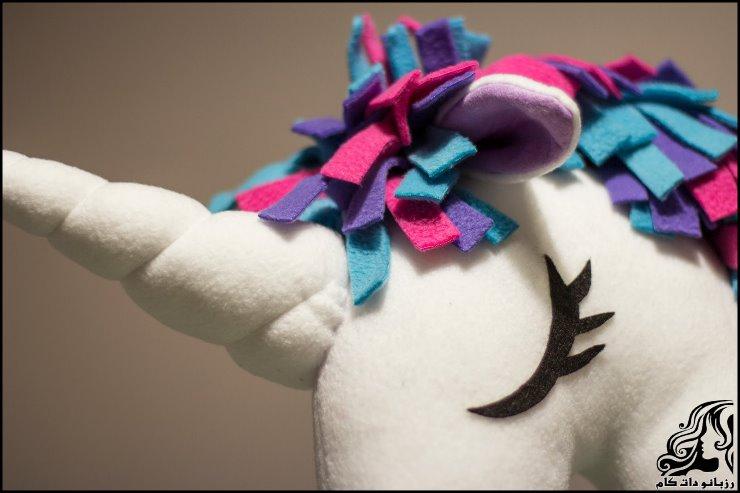 http://up.rozbano.com/view/2735900/unicorn%20hobbyhorse-07.jpg