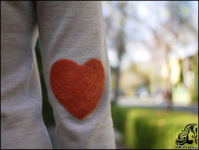 http://up.rozbano.com/view/2746382/Dress%20decorated%20with%20fiber.jpg