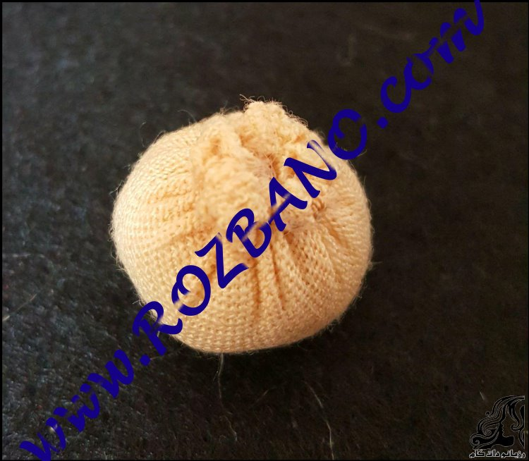 http://up.rozbano.com/view/2766510/felting%20lilliput%20doll%20tutorials-02.jpg