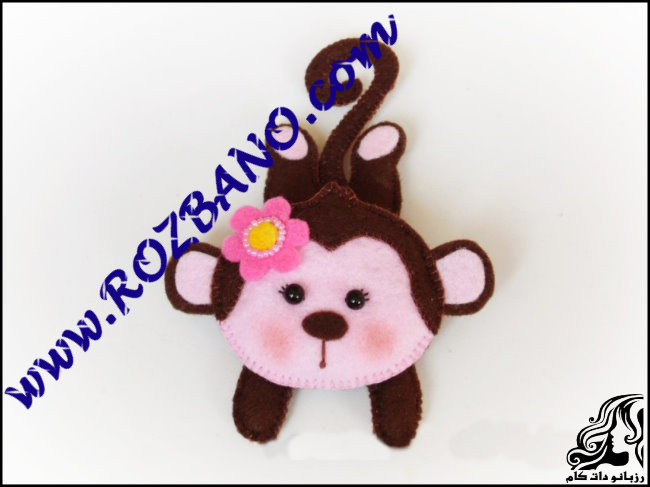 http://up.rozbano.com/view/2777133/Monkey%20doll%20Felt.jpg