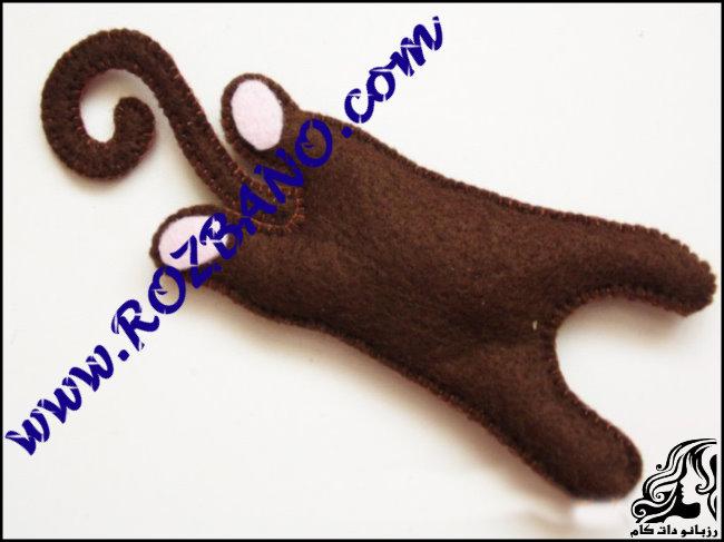 http://up.rozbano.com/view/2777141/Monkey%20doll%20Felt-08.jpg