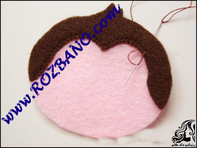 http://up.rozbano.com/view/2777144/Monkey%20doll%20Felt-11.jpg