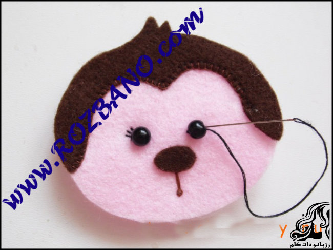 http://up.rozbano.com/view/2777150/Monkey%20doll%20Felt-15.jpg