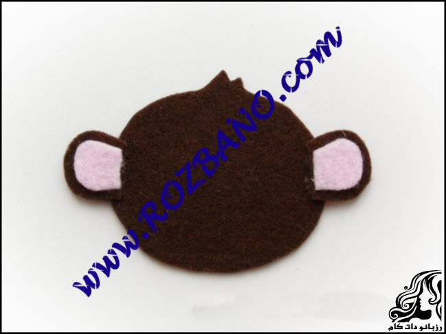 http://up.rozbano.com/view/2777154/Monkey%20doll%20Felt-19.jpg