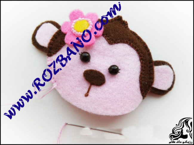 http://up.rozbano.com/view/2777156/Monkey%20doll%20Felt-20.jpg