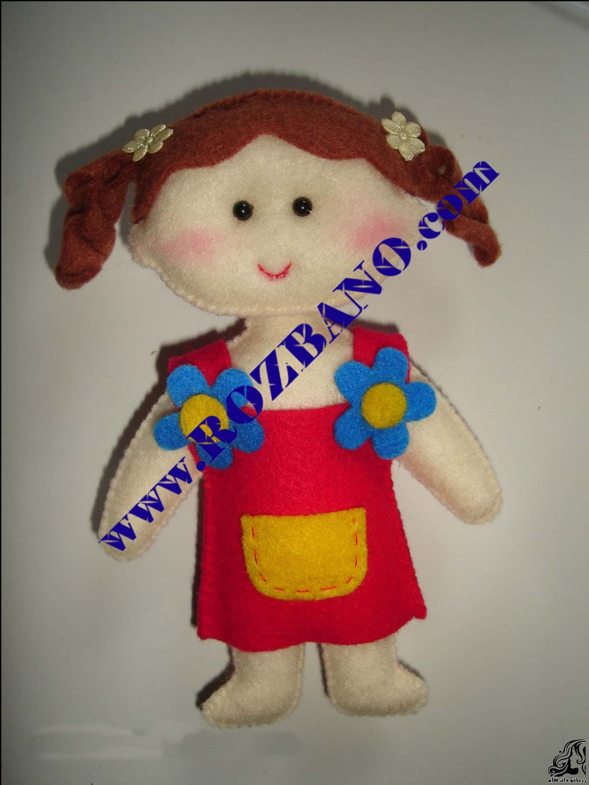 http://up.rozbano.com/view/2818069/Felt%20Girl%20Dolls-18.jpg