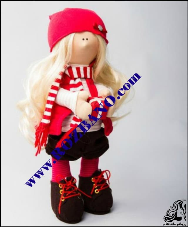 http://up.rozbano.com/view/2819316/Russian%20doll%20with%20nose.jpg