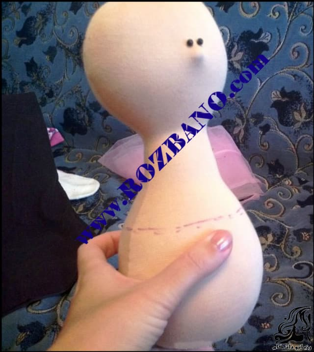 http://up.rozbano.com/view/2819350/Russian%20doll%20with%20nose-29.jpg