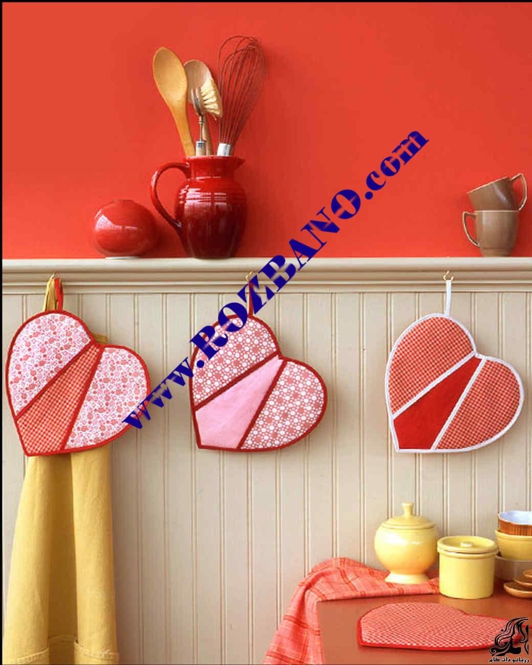 http://up.rozbano.com/view/2821177/Kitchen%20handles%20in%20the%20shape%20of%20heart.jpg