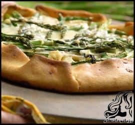 طرز تهیه پیتزا سیب زمینی و مارچوبه