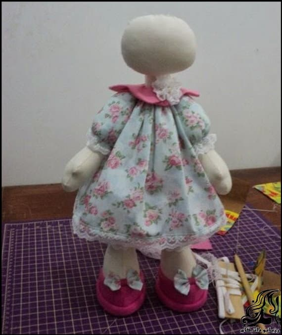 http://up.rozbano.com/view/2830505/Russian%20doll%20number%20three-09.jpg