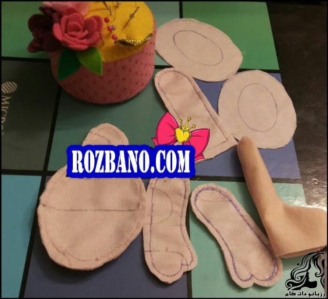 http://up.rozbano.com/view/2840342/Making%20Russian%20Dolls%20Separate%20Head-07.jpg