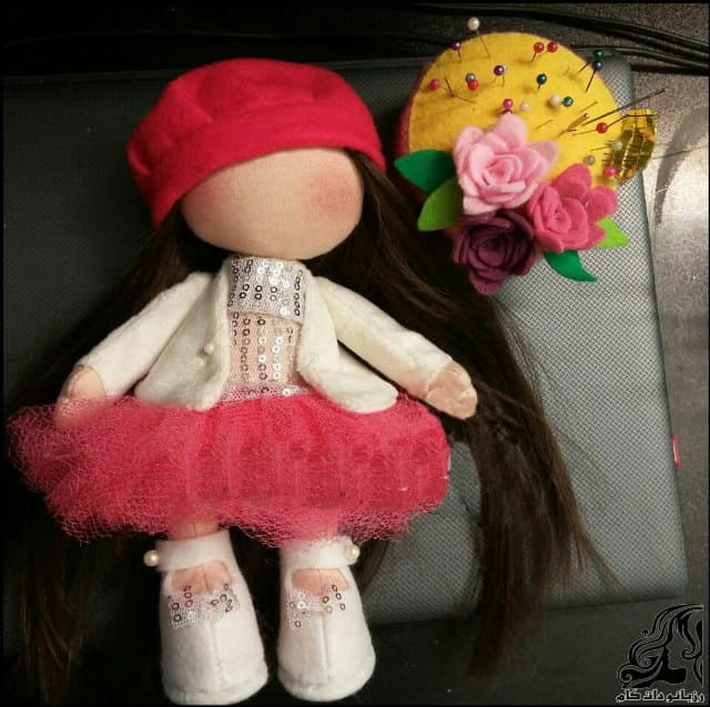 http://up.rozbano.com/view/2840363/Making%20Russian%20Dolls%20Separate%20Head-23.jpg