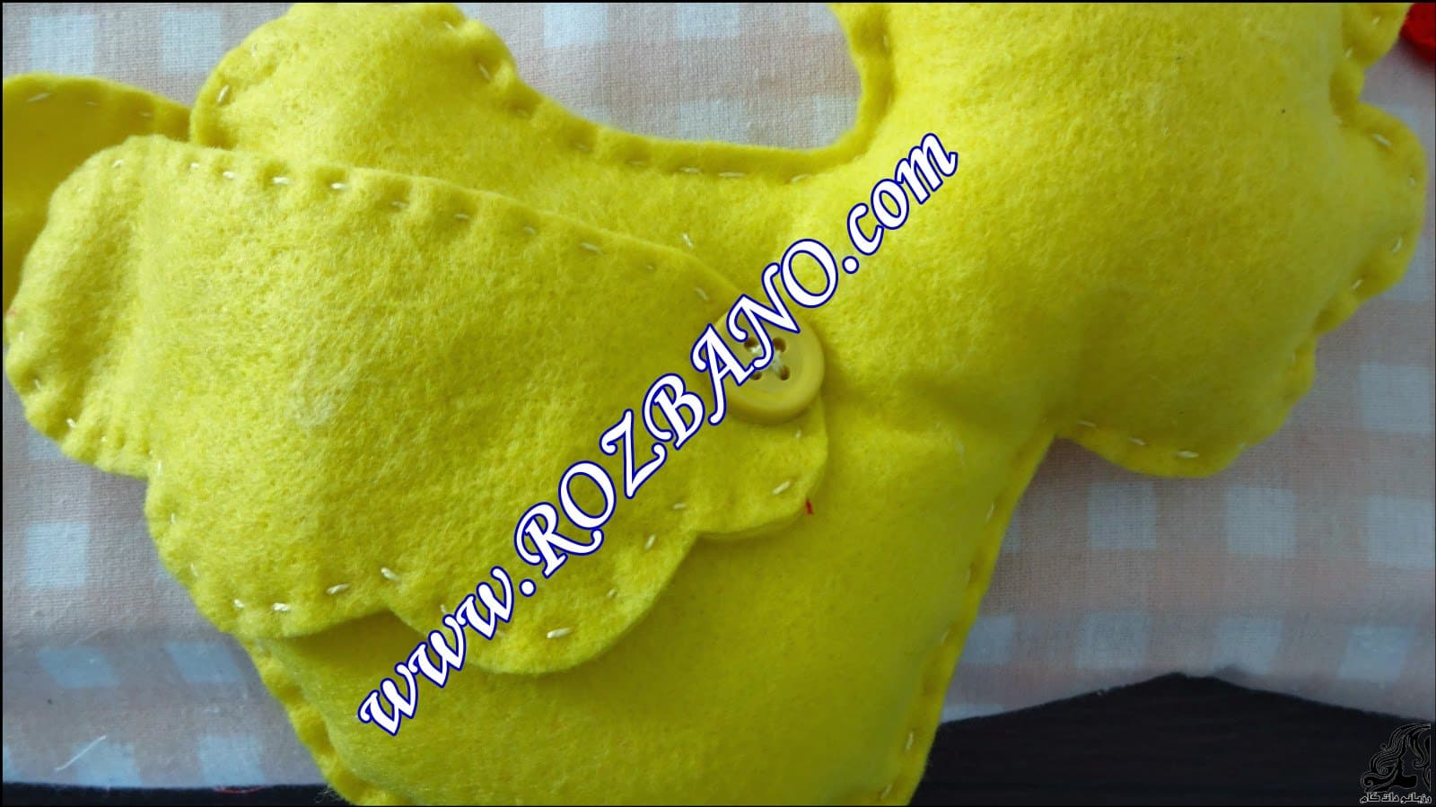 http://up.rozbano.com/view/2844105/Clamp%20Curtain%20Rooster%20Felt-14.jpg