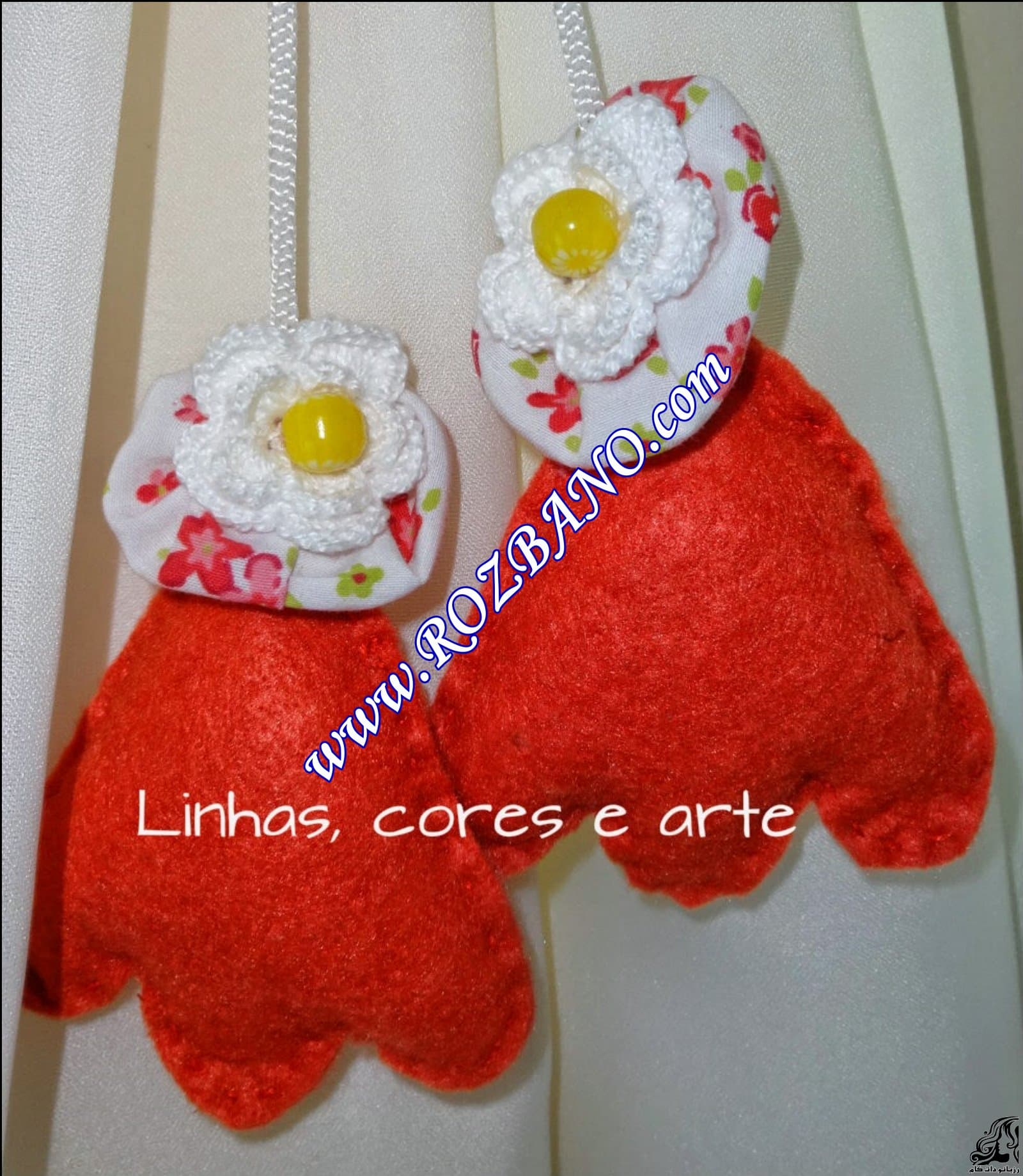 http://up.rozbano.com/view/2844111/Clamp%20Curtain%20Rooster%20Felt-21.jpg