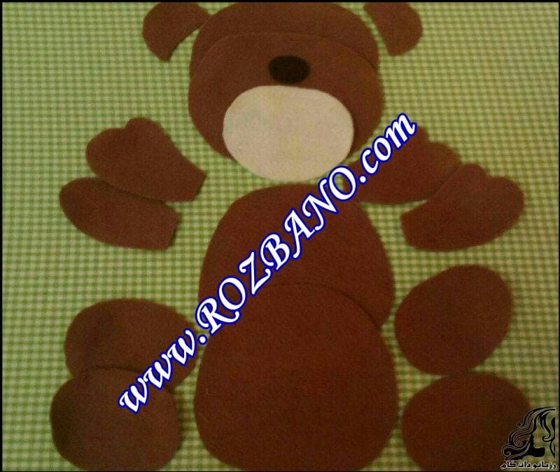 http://up.rozbano.com/view/2847359/Bear%20Felt%20Doll-01.jpg