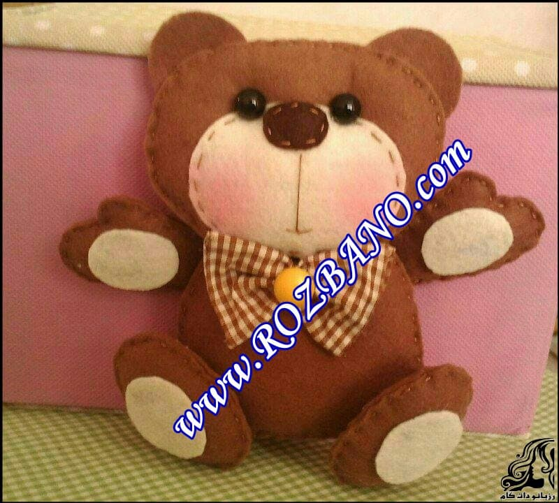 http://up.rozbano.com/view/2847366/Bear%20Felt%20Doll-08.jpg