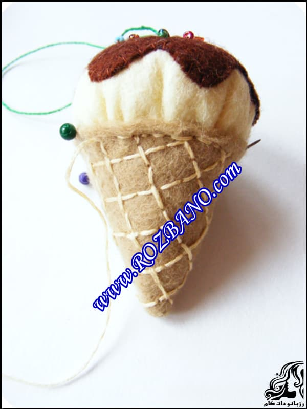 http://up.rozbano.com/view/2861521/Fruit%20ice%20pendant-08.jpg
