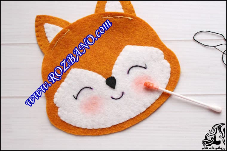 http://up.rozbano.com/view/2862415/Sewing%20Felt%20Fox-26.jpg