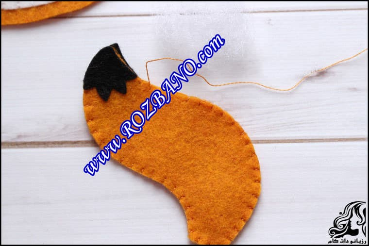 http://up.rozbano.com/view/2862432/Sewing%20Felt%20Fox-35.jpg