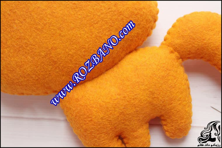 http://up.rozbano.com/view/2862439/Sewing%20Felt%20Fox-43.jpg