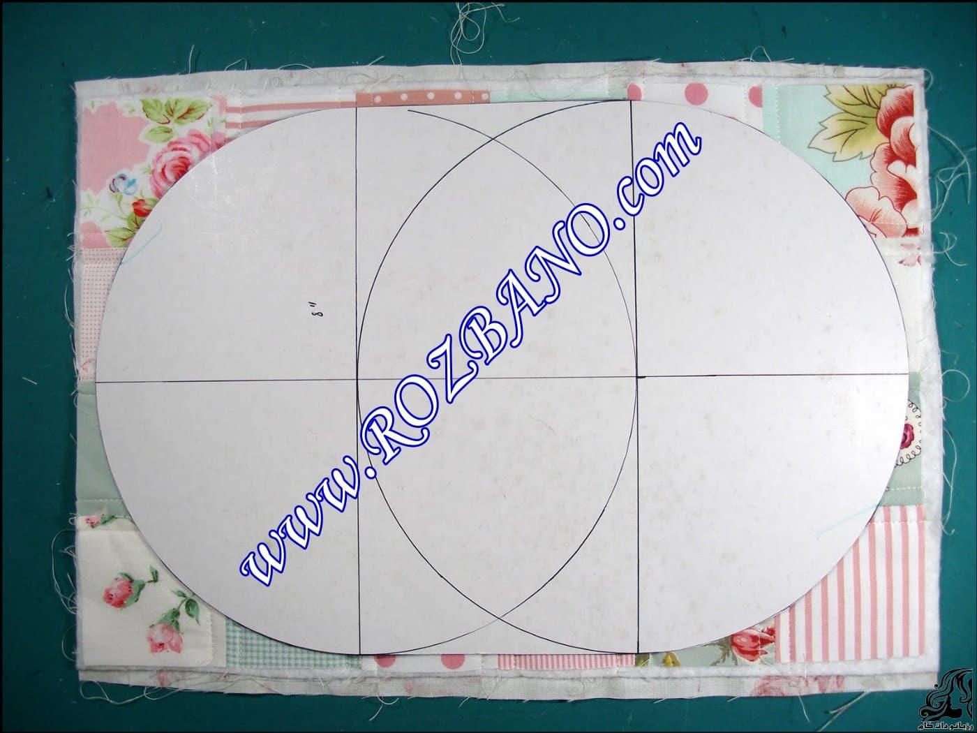 http://up.rozbano.com/view/2870771/pencil%20case%20&%20makeup%20-01.jpg