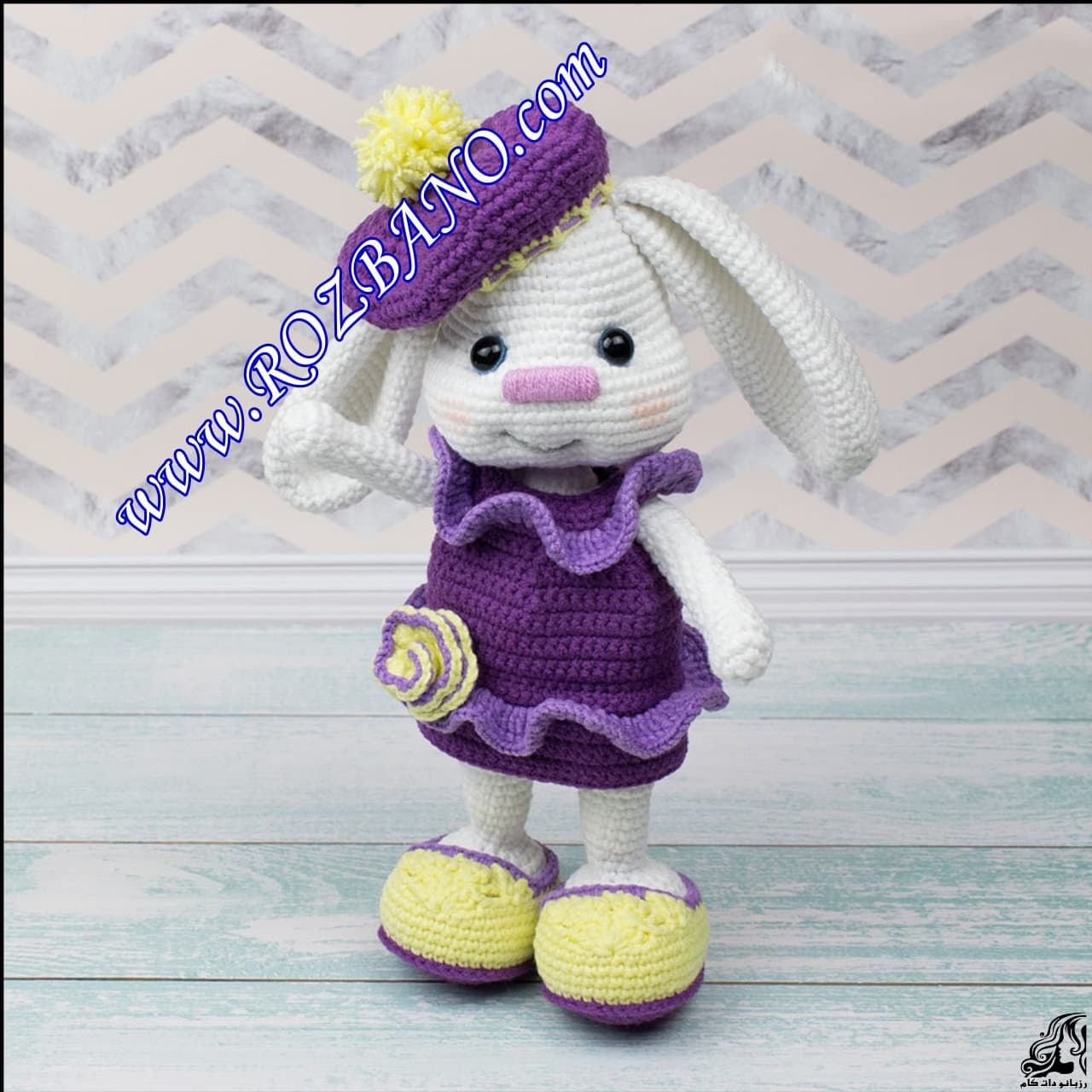 http://up.rozbano.com/view/2889552/Beautiful%20Doll%20Rabbit%20Tissue.jpg