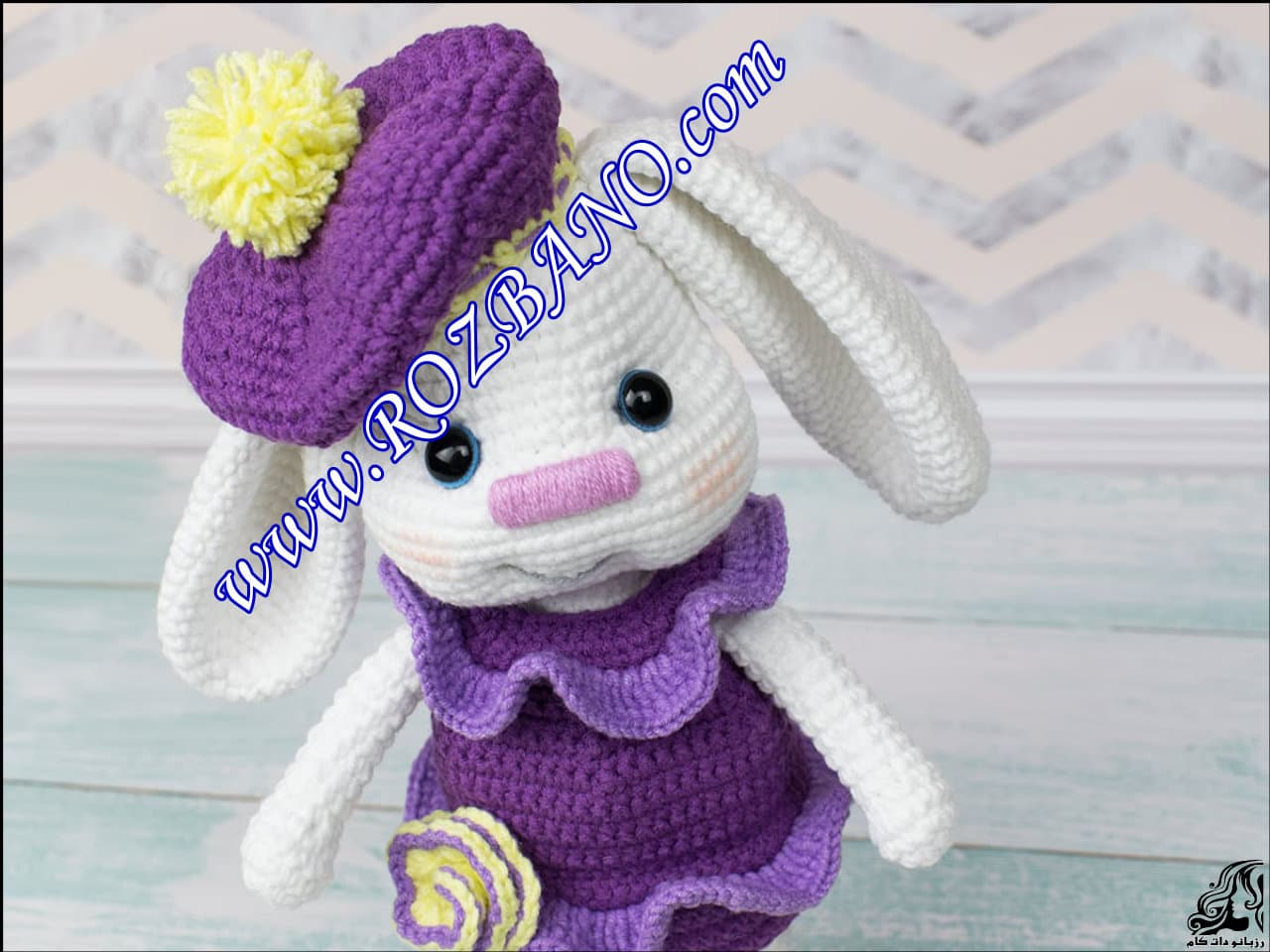 http://up.rozbano.com/view/2889587/Beautiful%20Doll%20Rabbit%20Tissue-36.jpg