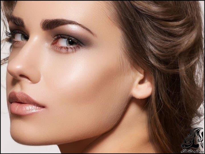 https://up.rozbano.com/view/2901418/Makeup%20Model%20and%20Makeup%20Tips-14.jpg