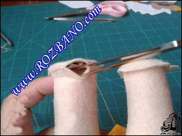 http://up.rozbano.com/view/2903426/Toes%20For%20Doll-08.jpg