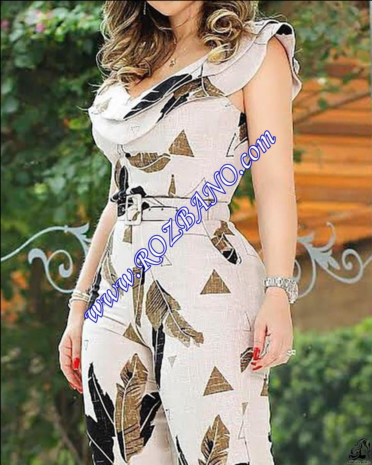 http://up.rozbano.com/view/2912303/Leaf%20Print%20Layered%20Ruffle%20Split%20Leg%20Jumpsuit-01.jpg