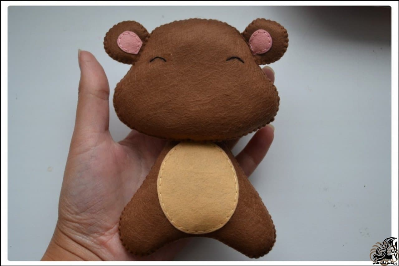 http://up.rozbano.com/view/2923300/Making%20Felt%20teddy%20bear-28.jpg