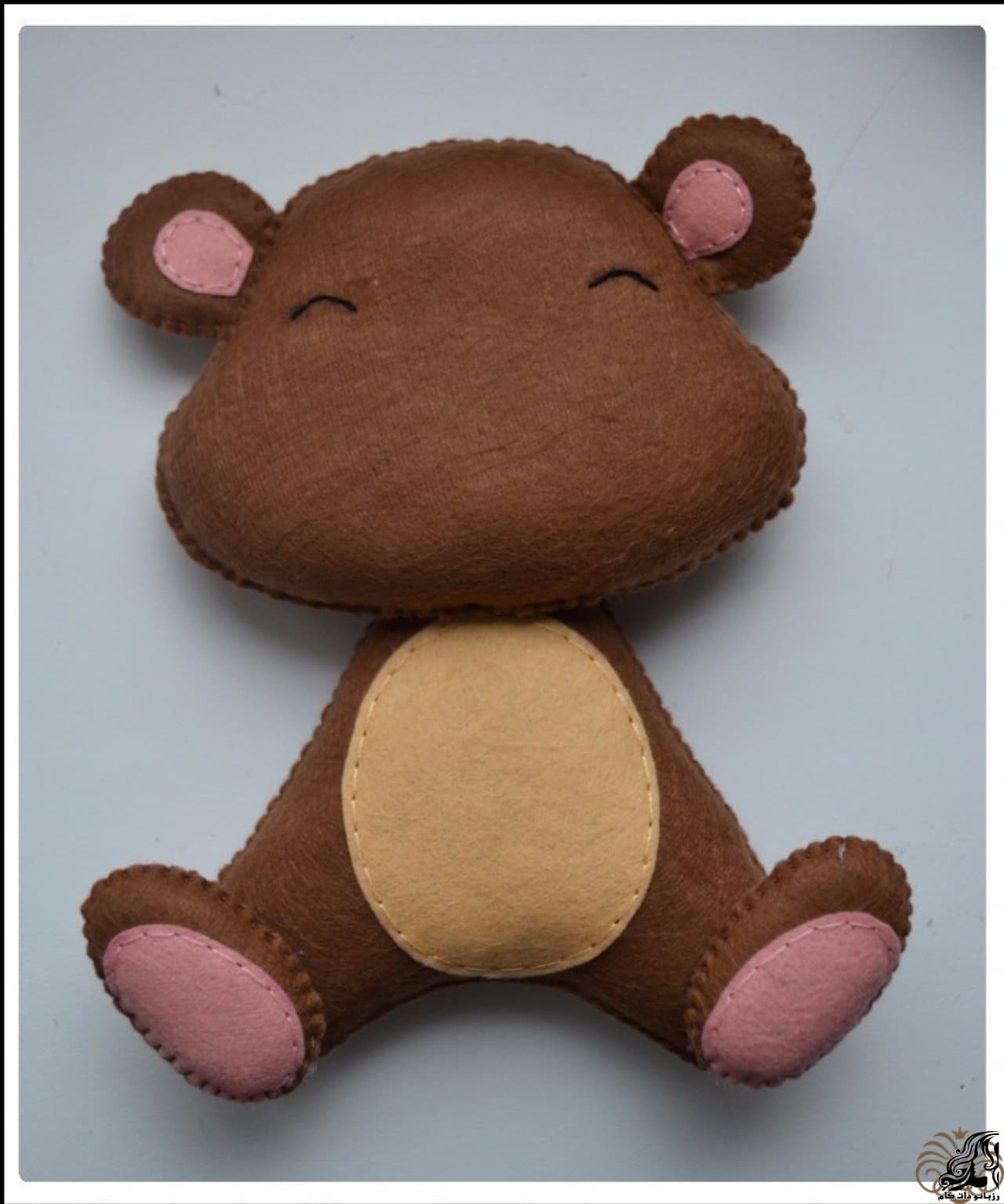 http://up.rozbano.com/view/2923301/Making%20Felt%20teddy%20bear-29.jpg