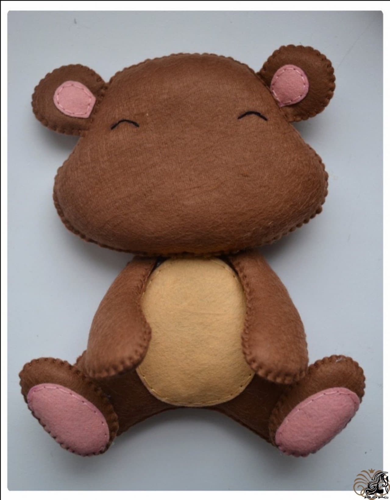 http://up.rozbano.com/view/2923305/Making%20Felt%20teddy%20bear-30.jpg