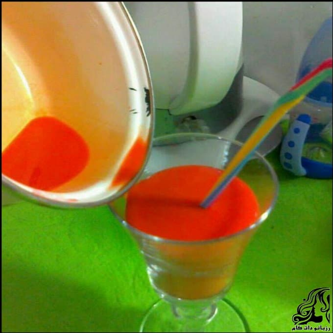 http://up.rozbano.com/view/2938265/Carrot%20juice%20pile-05.jpg