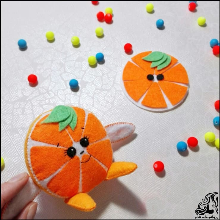 http://up.rozbano.com/view/2948730/Making%20oranges%20for%20decor-04.jpg
