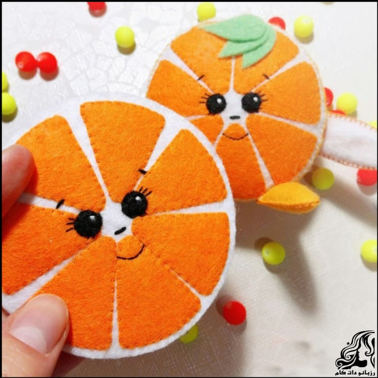 http://up.rozbano.com/view/2948734/Making%20oranges%20for%20decor-08.jpg