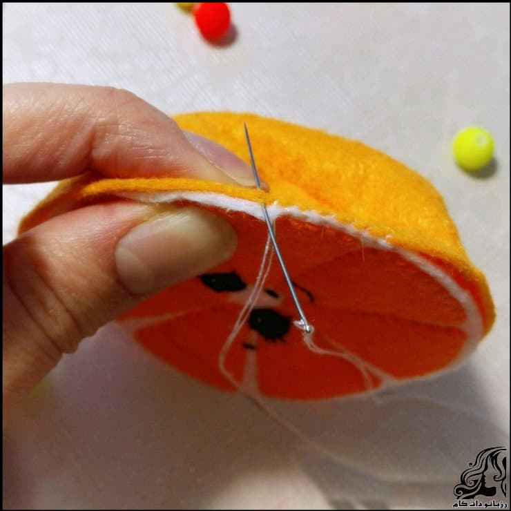 http://up.rozbano.com/view/2948737/Making%20oranges%20for%20decor-11.jpg