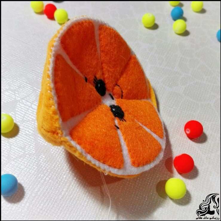 http://up.rozbano.com/view/2948739/Making%20oranges%20for%20decor-13.jpg