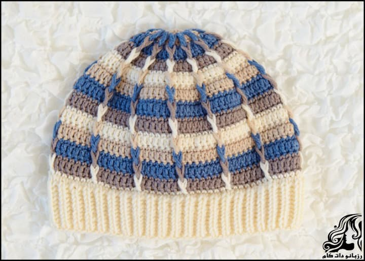 https://up.rozbano.com/view/2953825/Striped%20hat%20for%20a%20boy-01.jpg