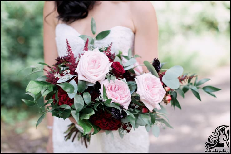 http://up.rozbano.com/view/2962217/pictures%20bouquets%20stylish%20bride-02.jpg