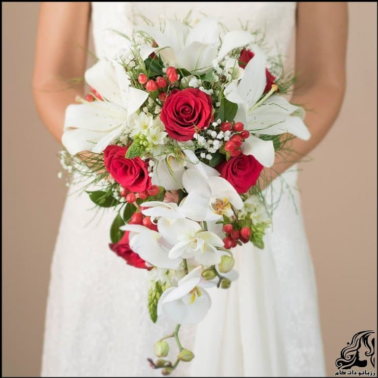 http://up.rozbano.com/view/2962218/pictures%20bouquets%20stylish%20bride-03.jpg