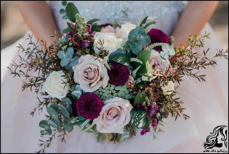 http://up.rozbano.com/view/2962223/pictures%20bouquets%20stylish%20bride-08.jpg