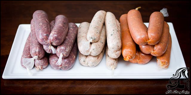 http://up.rozbano.com/view/2969568/Homemade%20sausages-01.jpg