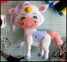 آموزش تصویری ساخت عروسک اسب تک شاخ نمدی