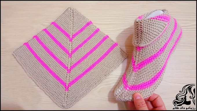 http://up.rozbano.com/view/3018607/Crocheting%20simple%20shoes.jpg